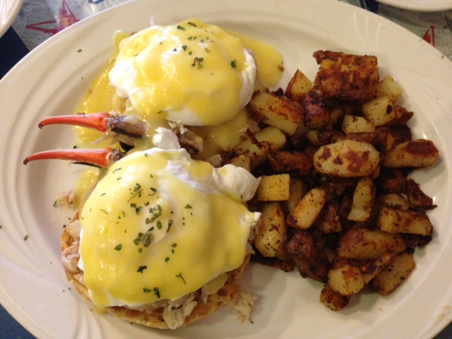 CRAB benedict with homefries. The sauce was very light & they don't cook their food in oil! Love this place.