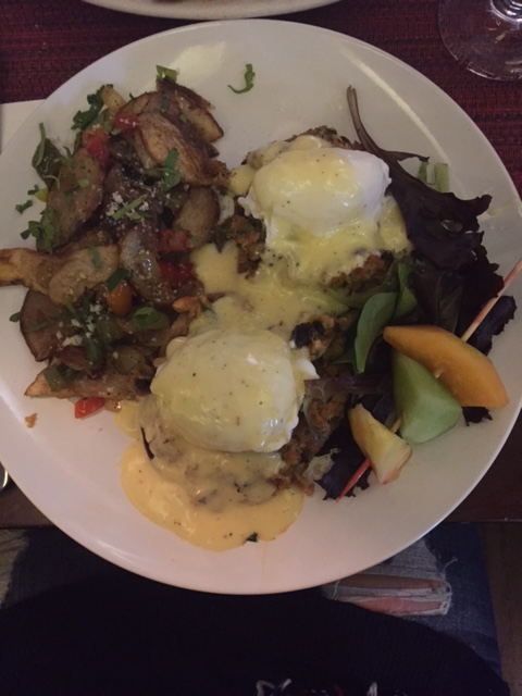 crab benedict...outrageous.